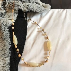 Jewelry - 3/$30!! Cream beads and copper wire necklace